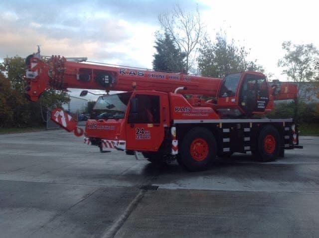 40 tonne crane
